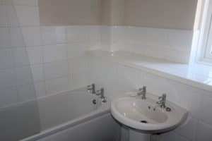 23 Colston Gardens Bathroom