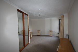 43-argyle-court-bedroom