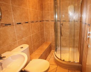 8-garrioch-crescent-shower-room